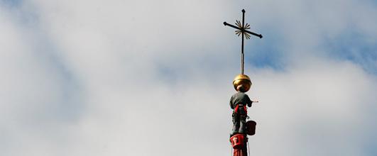 Sanierung des Kirchturmdaches in Mils bei Imst, 2012